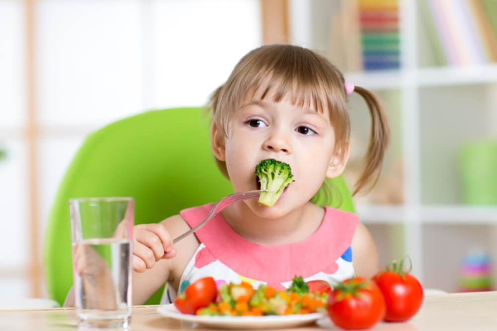 alimentación en niños pequeños