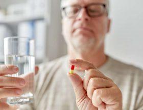 Vitaminas y minerales como suplementos para adultos mayores